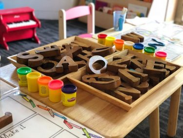 育児休暇と育児休業の違いは?育児休業制度の概要や条件を解説