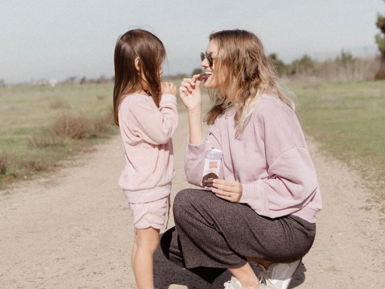 体や生理の悩みは母娘であっても理解しづらい? 娘の症状を「把握している・したい」母親が多数(調査結果)