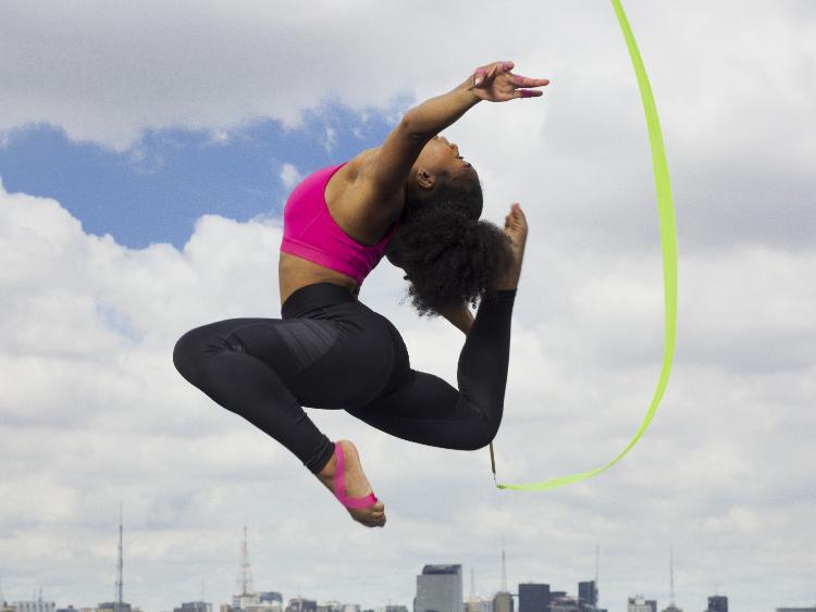 アディダスが生理用のトレーニングタイツを発売。心置きなくカラダを動かせる9分丈のタイツ